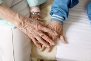 Closed /【Earn$500】Caregiver needed in long Beach, Fri&Sat 12Hrs