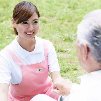 Our Japanese caregivers are specially trained in assisting Japanese clients with culturally sensitive home care